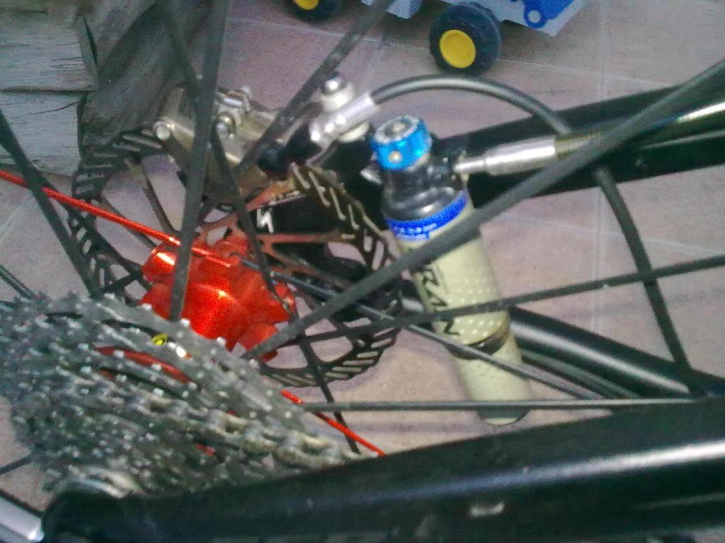 vendo ruedas CROSS MAX SLR CON CUBIERTAS NUEVAS 19022011_002