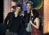 EVENTO - MTV Awards 2011 - 5/06/2011 Th_eclipse-mejor-pelicula