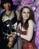 EVENTO - MTV Awards 2011 - 5/06/2011 Th_kristen-stewart-mejor-actriz