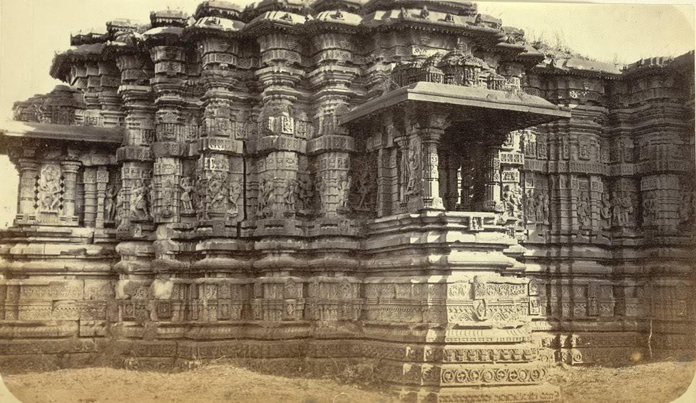 हेमांडपंती मंदिर GreatTempleatLonar-1865