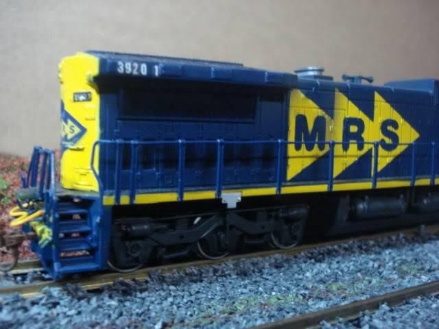 C38-EMi (Dash 9) #3920-1 MRS - Bachmann Dash8-40cW3920-1MRS-Bachmann_04