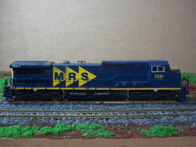 C38-EMi (Dash 9) #3920-1 MRS - Bachmann Dash8-40cW3920-1MRS-Bachmann_06