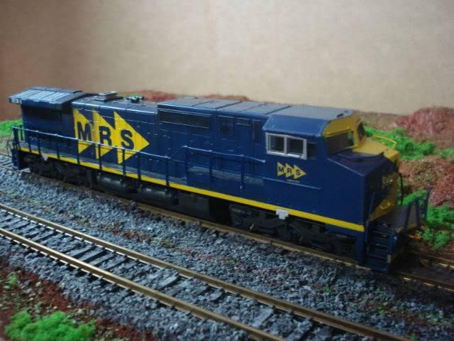 C38-EMi (Dash 9) #3920-1 MRS - Bachmann Dash8-40cW3920-1MRS-Bachmann_08