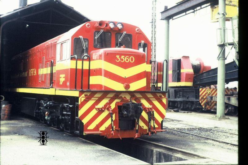 "Locomotiva GE U20c 3162-6 MRS em escala ""ho"" 800x534-images-stories-U20C-HOMEU20C-home_0001_zps0590dd5f"