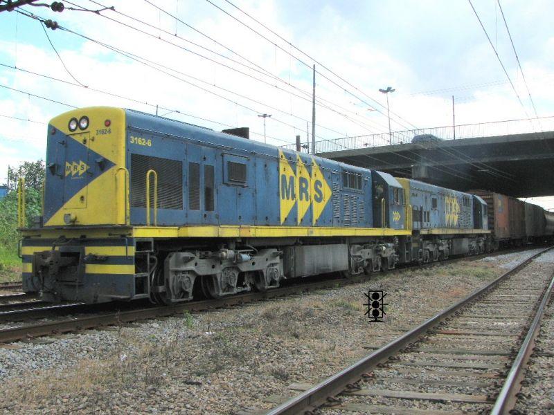 """Locomotiva GE U20c 3162-6 MRS em escala """"ho"""" 800x600-images-stories-U20C-3162-3162_0011_zps140d6dce"""