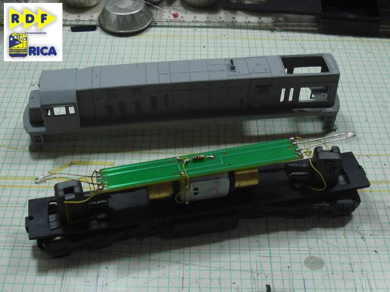 """Locomotiva GE U20c 3162-6 MRS em escala """"ho"""" LocomotivaGEU20c3162-6MRSemescalaho_020_zps3b35573e"""
