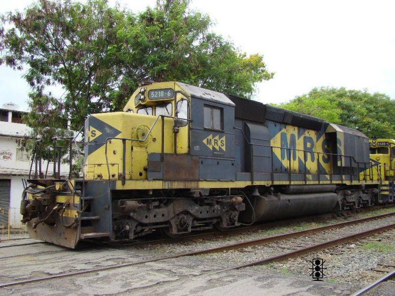 Locomotiva EMD SD40-2 MRS #5218-6_Celso MRS-GMDSD40-3MP5218-6-03_zps9fd8653b