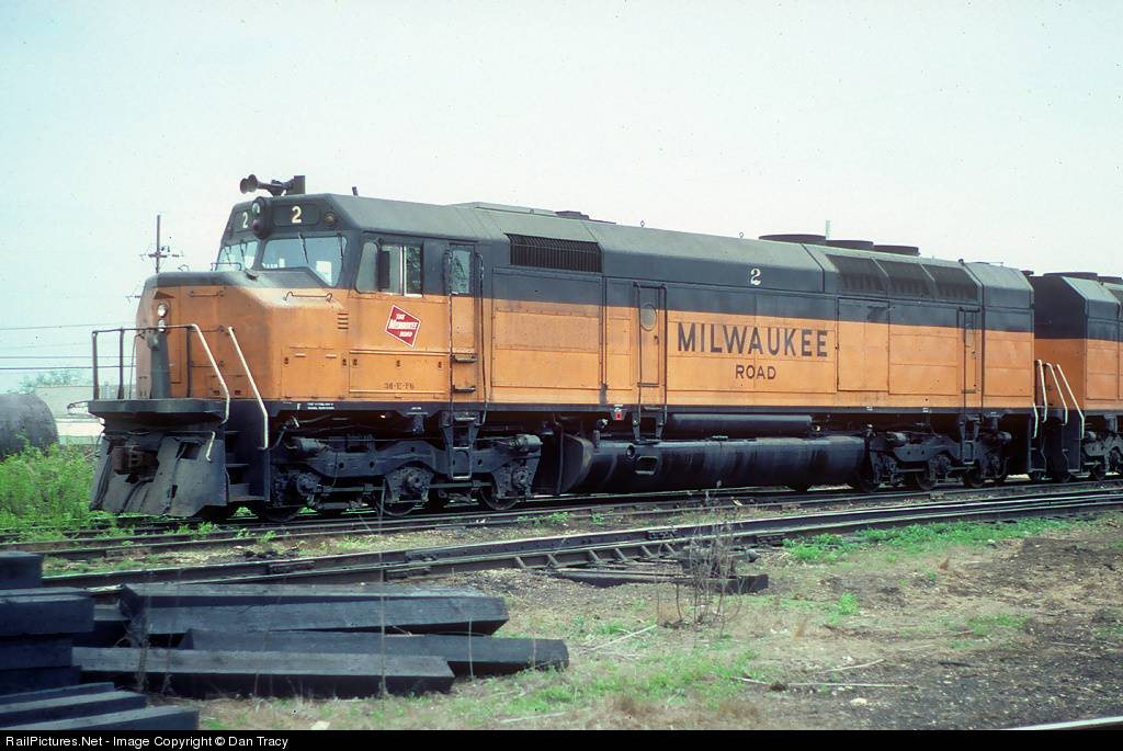 EMD FP45 Milwaukee Road EMDFP45MilwaukeeRoad_001_zps2de08809