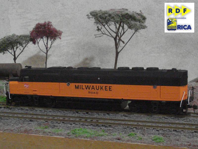 EMD FP45 Milwaukee Road EMDFP45MilwaukeeRoad_034_zps9bad237b