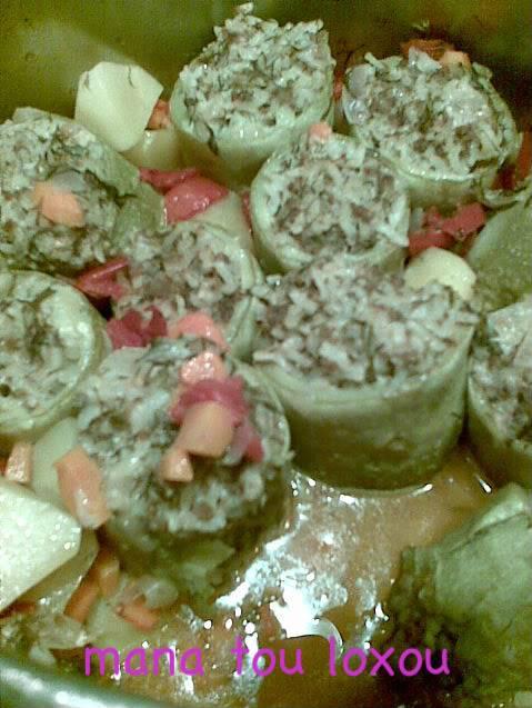 Κολοκύθια με κιμά και ρύζι 001aih