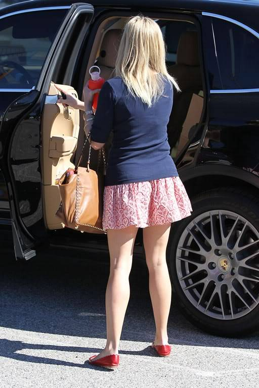 Reese Witherspoon  830527688_reese_witherspoon_05_122_133lo