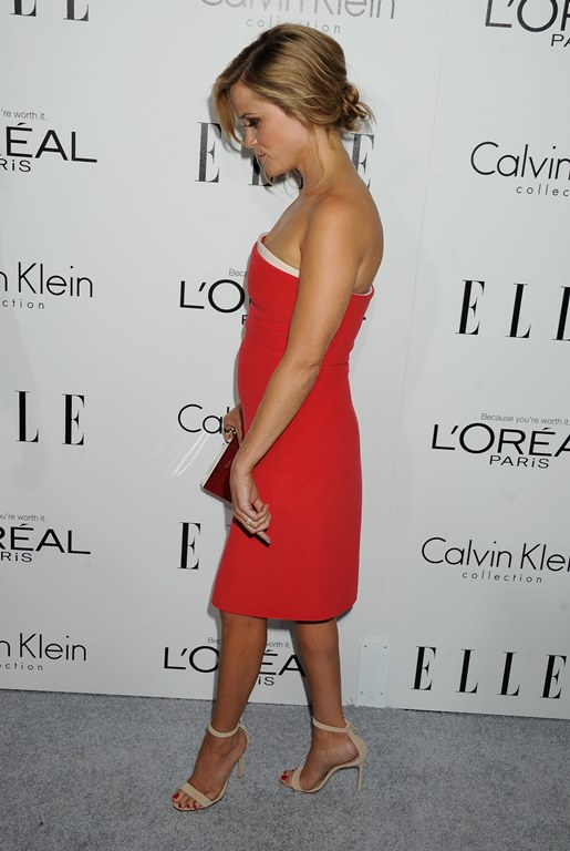 Reese Witherspoon  - Страница 13 Reese_Witherspoon_DFSDAW_004_zps8d3f65e4