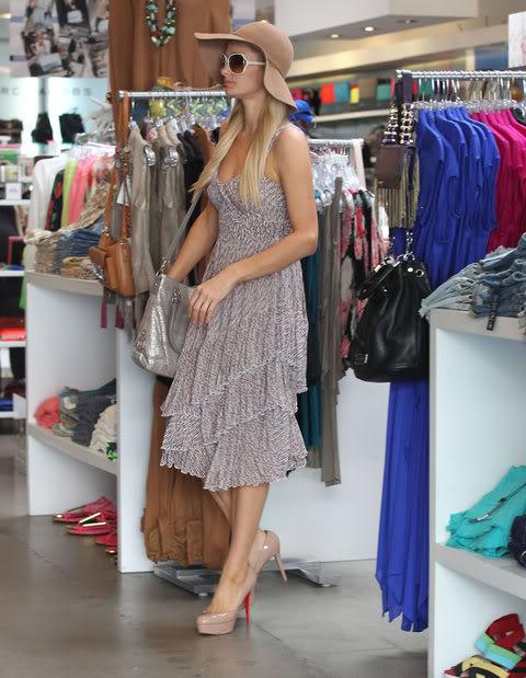 Пэрис Хилтон/Paris Hilton - Страница 3 Gallery_main-mark-wahlberg-package-101