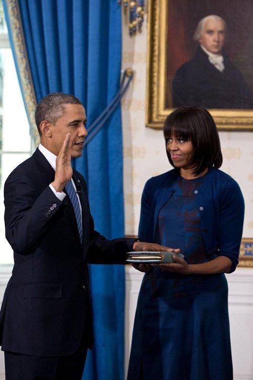 Первые Леди - Страница 3 Barack-michelle-12013