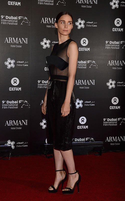 Rooney Mara Dubai-121412-10