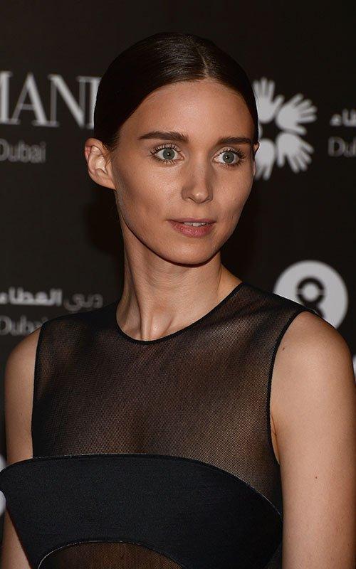 Rooney Mara Dubai-121412-12