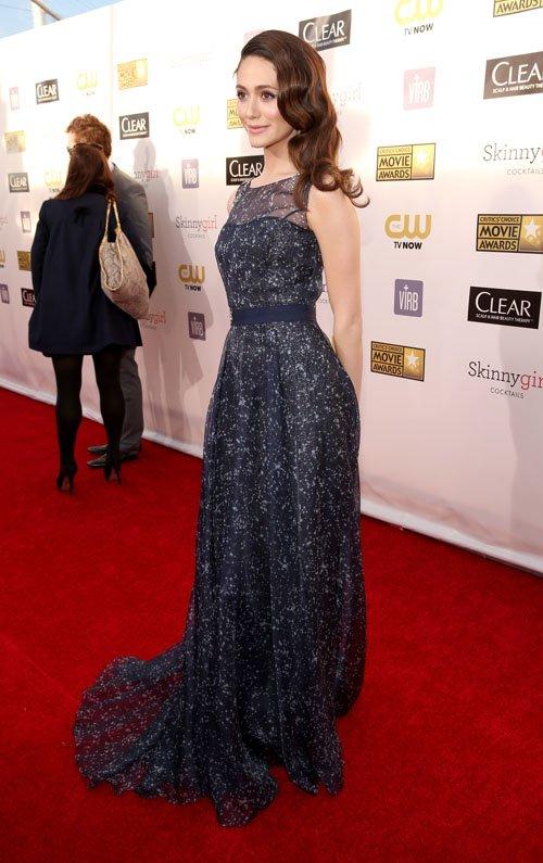 Emmy Rossum - Страница 2 Emmy-rossum-011013-2