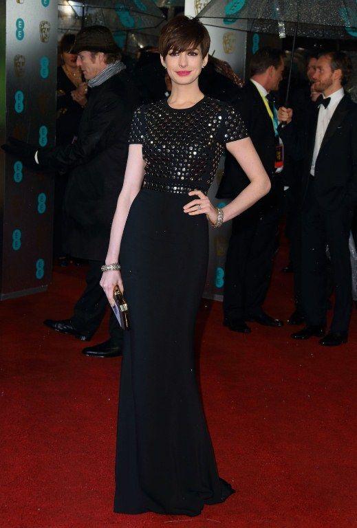 Anne Hathaway/Энн Хэтэуэй - Страница 8 520672340_anne_01_122_573lo_zps0b16133f