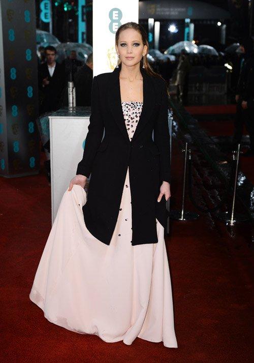 Jennifer Lawrence | Дженнифер Лоуренс Jlaw-baf-021013-1_zps57186657
