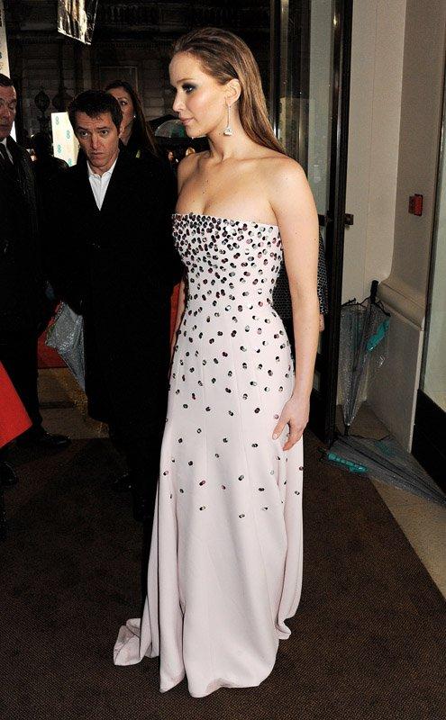 Jennifer Lawrence | Дженнифер Лоуренс Jlaw-bafta-021013-3_zps40934b85