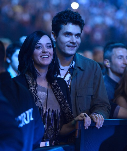Katy Perry | Кэтти Перри - Страница 8 Katy-john-121412-1
