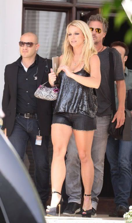 Бритни Спирс/Britney Spears - Страница 5 480903830_7mok500krcj805km_123_181lo