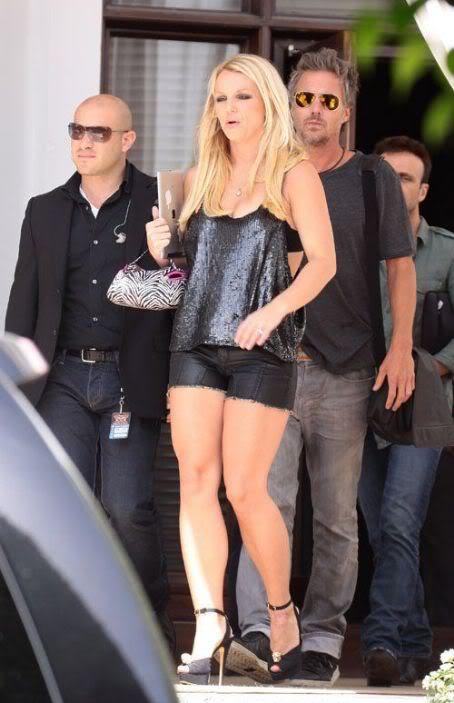 Бритни Спирс/Britney Spears - Страница 5 480935551_tzvqp8oj68aivzpa_123_513lo