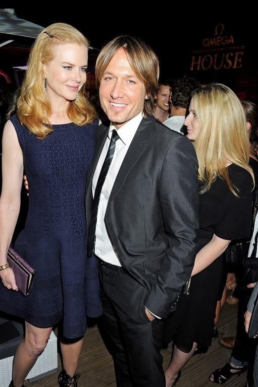 Nicole Kidman - Страница 6 Celebutopia-nicolekidman-omegahouse-london-july28-cu-olya__4_