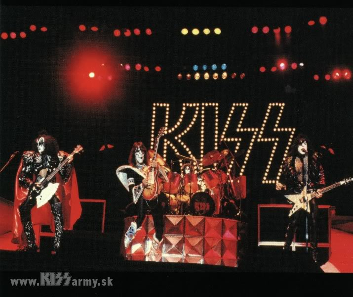 1980 UNMASKED 042KISS80-1