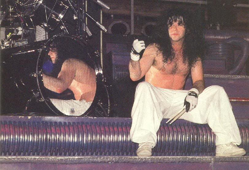 Eric Carr - Page 11 Ericc19