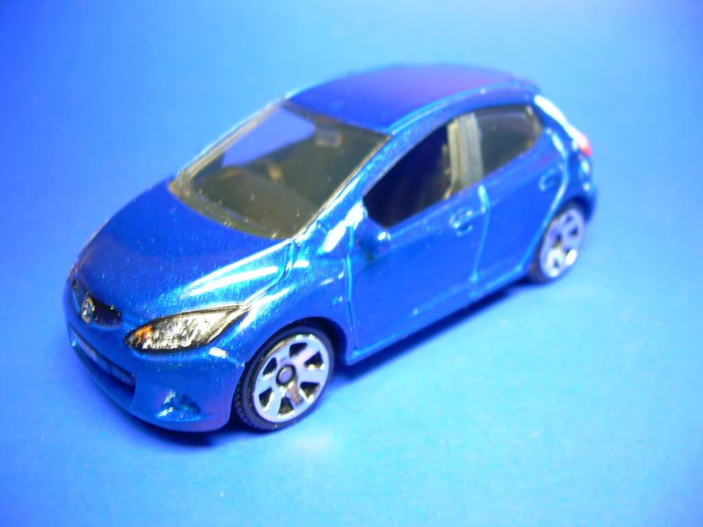 Honda Civic Type R y Mazda 2 752-2008MAZDA22008001