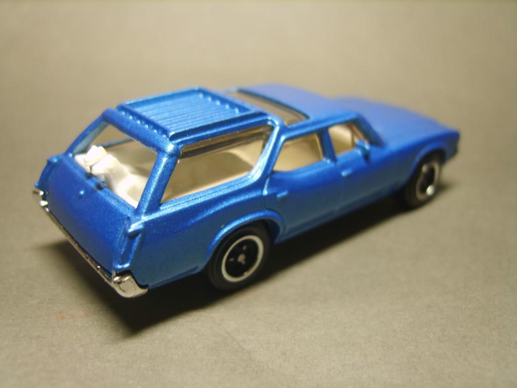 MB777 Oldsmobile Vista Cruiser S8300790