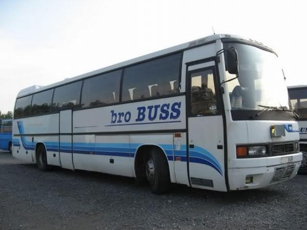 Moldes ochenteros. La era Universal Volvo-B10-M60-Ikaruscc3b5e3e