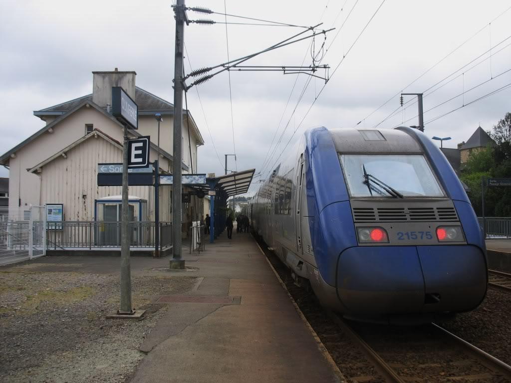 Ligne de Quimperlé-Pont-Aven-Concarneau (1903-1908-1909-1936) 1-Quimperlmai2012TERversLorient