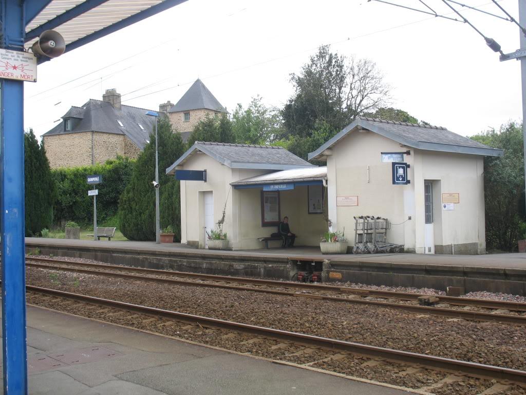 Ligne de Quimperlé-Pont-Aven-Concarneau (1903-1908-1909-1936) 1-Quimperlmai2012marquiseversQuimper