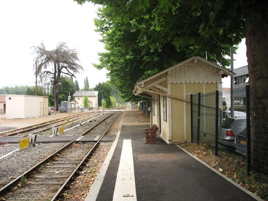 Gare de Machecoul - Ligne de Nantes-St Gilles Croix de Vie  10-Machecoul-LeQuaiversPNetStGilles