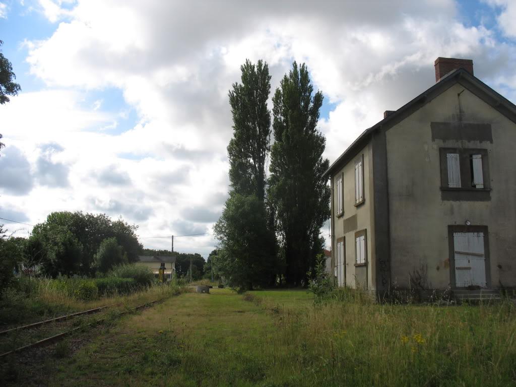 Ligne de St Hilaire de Chaléons à Paimboeuf de 1876 à nos jours 13-ChmrversStHilaire