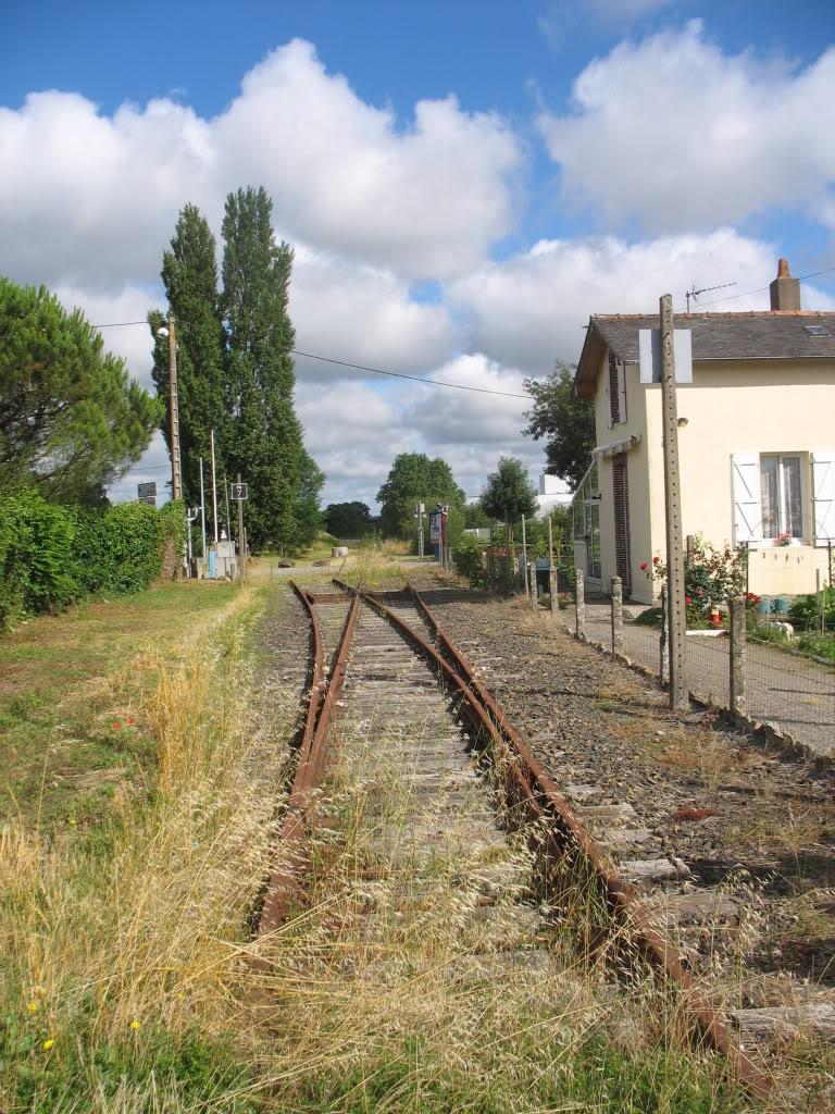Ligne de St Hilaire de Chaléons à Paimboeuf de 1876 à nos jours 15-PN7ChmrversgarevueduPN6