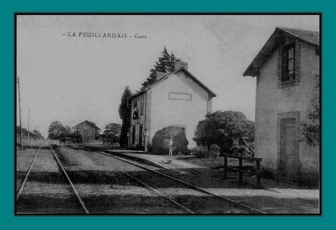 Ligne de St Hilaire de Chaléons à Paimboeuf de 1876 à nos jours 18-cartepostaleancienneLaFeuillardais-Vue