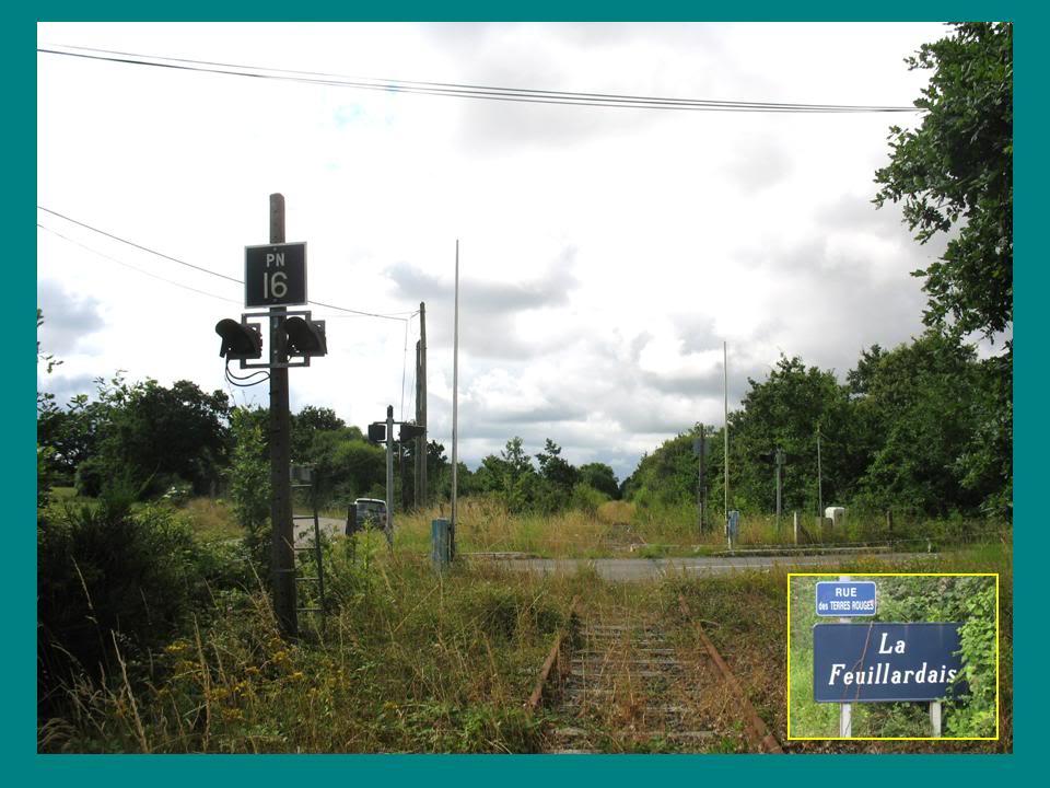 Ligne de St Hilaire de Chaléons à Paimboeuf de 1876 à nos jours 19-PN16Lafeuillardais
