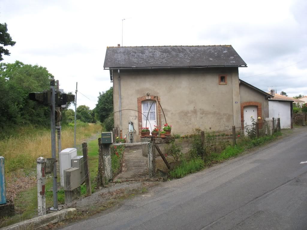 Ligne de St Hilaire de Chaléons à Paimboeuf de 1876 à nos jours 24-PN19-LaSicaudaisverslaGareetPaimboeuf