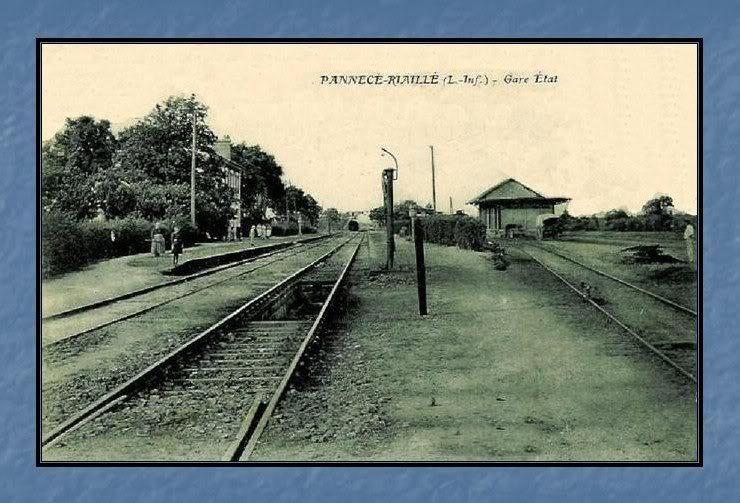 Ligne de Nantes - Segré (1185-1988) Voie Verte de Carquefou à St Mars la Jaille  38-CartepostaleanciennePannec-Riaill