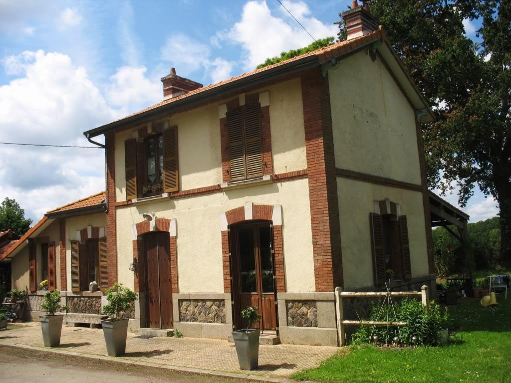 Ligne de La Chapelle sur Erdre - Blain - Beslé (1901-1910-1952) 38-Trefouxctparking2