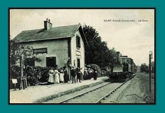 Ligne de St Hilaire de Chaléons à Paimboeuf de 1876 à nos jours 42-CartepostaleancienneStViaud