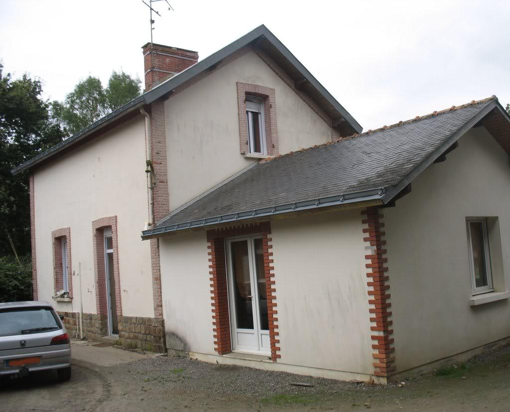 Ligne de St Hilaire de Chaléons à Paimboeuf de 1876 à nos jours 45-StViaudctparking