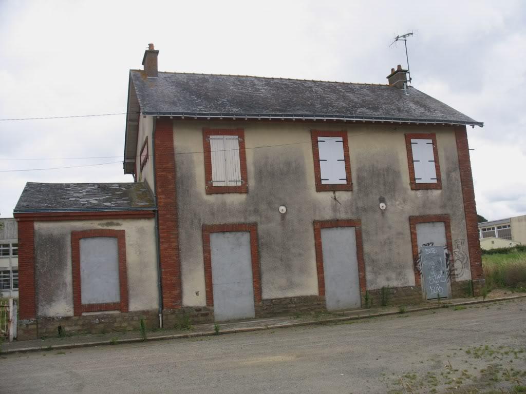 Ligne de St Hilaire de Chaléons à Paimboeuf de 1876 à nos jours 49-Paimboeuffaadectparking