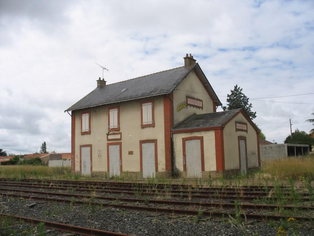 Ligne de St Hilaire de Chaléons à Paimboeuf de 1876 à nos jours 51-Paimboeufctvoies