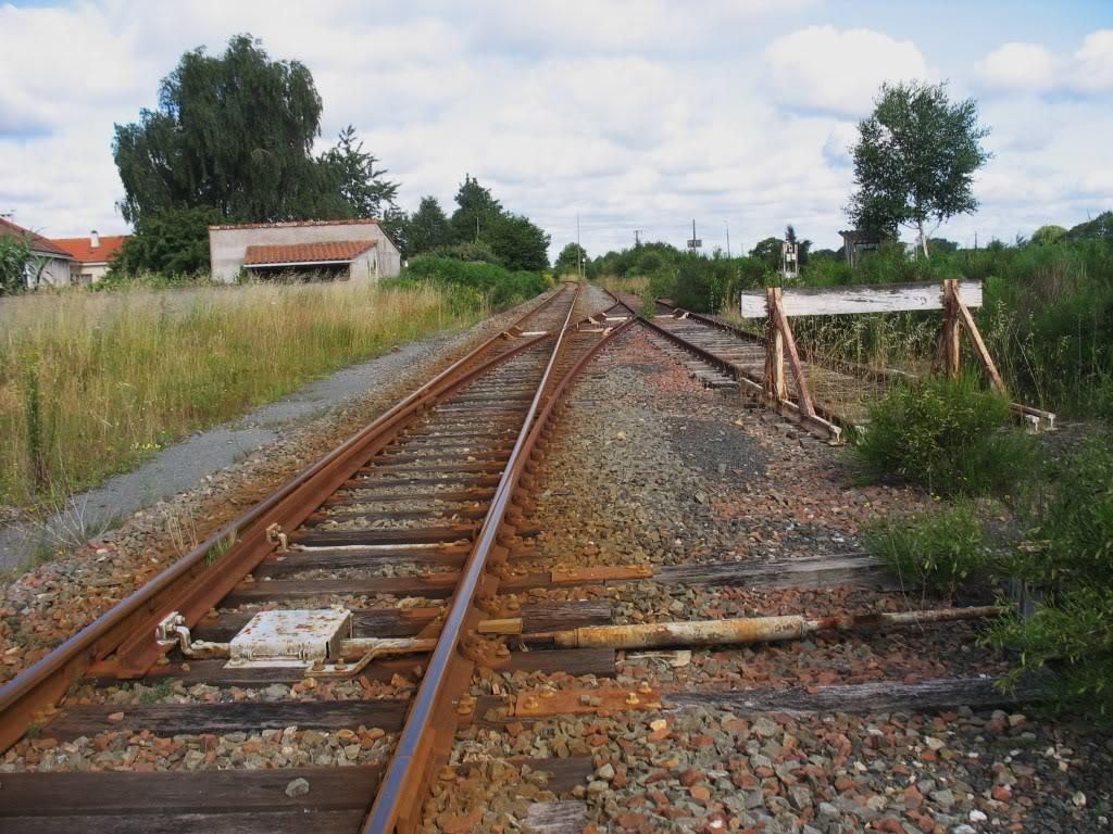 Ligne de St Hilaire de Chaléons à Paimboeuf de 1876 à nos jours 6-StHilairedeChalons-LaBifurcation