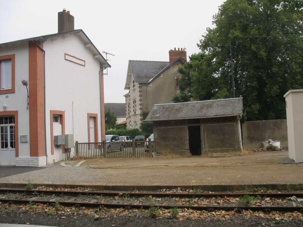 Gare de Machecoul - Ligne de Nantes-St Gilles Croix de Vie  7-Machecoul-Toilettes