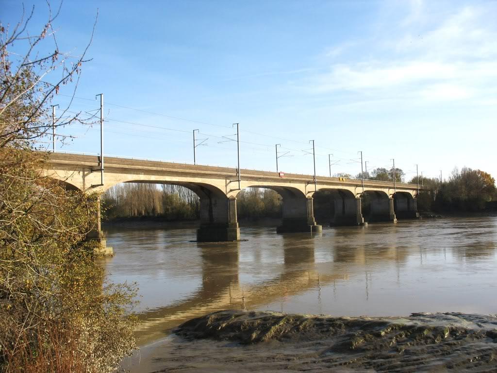 Les Ponts de la Vendée à Nantes - Ligne de Nantes-Clisson... IMG_0004